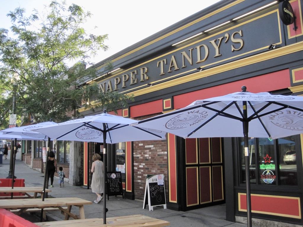 Napper Tandy's Pub on Washington Street