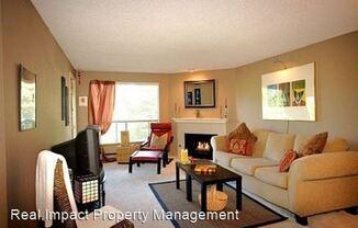 9416 1st Ave NE - Northgate Plaza Condominiums Unit 209