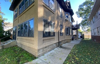 822 North Penn Avenue #1 (Lower)