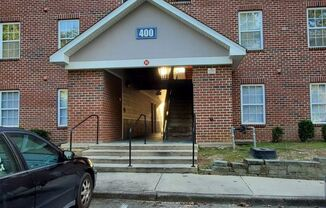 Beautiful 3BR/3BA condo conveniently located near FAMU and downtown Tallahassee