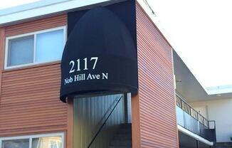 2117 Nob Hill Ave N
