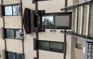 79 Underhill Ave