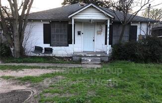 2503 S Vernon Ave