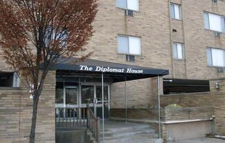 1350 North Howard Street Unit 402 Akron, OH 44310