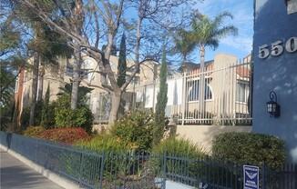 550 Orange Ave