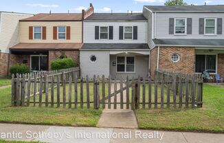 5730 E Hastings Arch