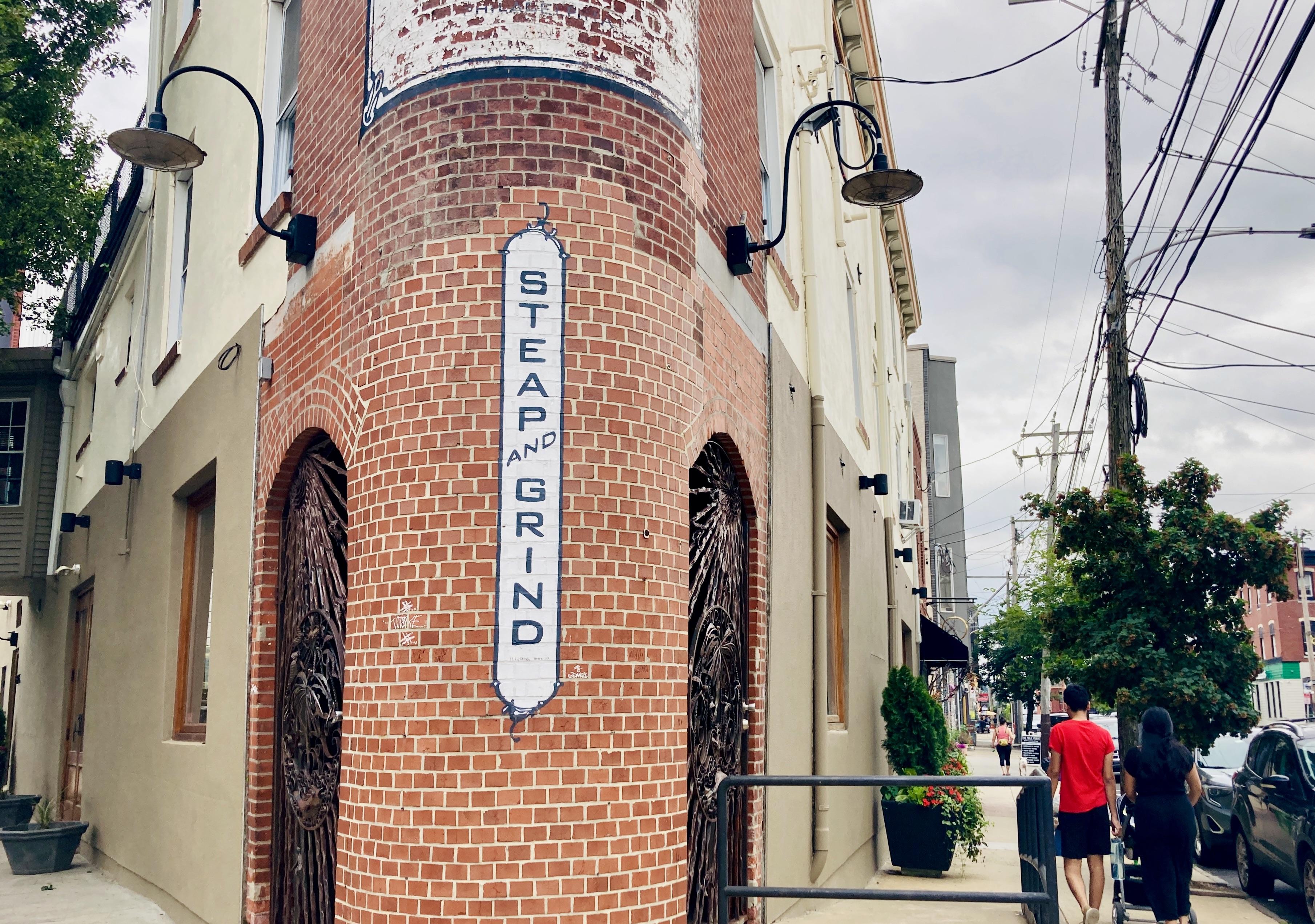 Steap and Grind Café on Frankford Ave, Fishtown