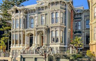 California Street #MainHouse