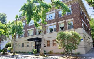 1928 SW Laurel St Portland Heights Apartments