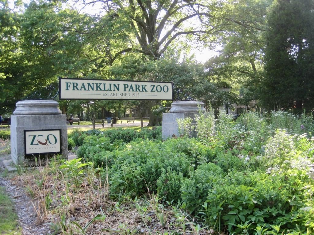 Franklin Park Zoo Sign