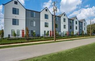 Avenue 3275 in the Heart of Fair Park, Leasing begins now for move in on October 15th.