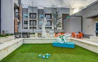 Urban-style Living In Westlake Hills