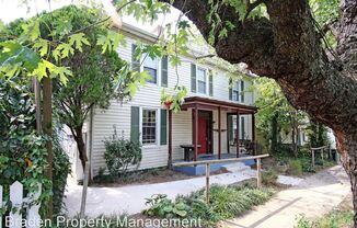 712 Monticello Avenue