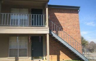 435 N Bowen Rd