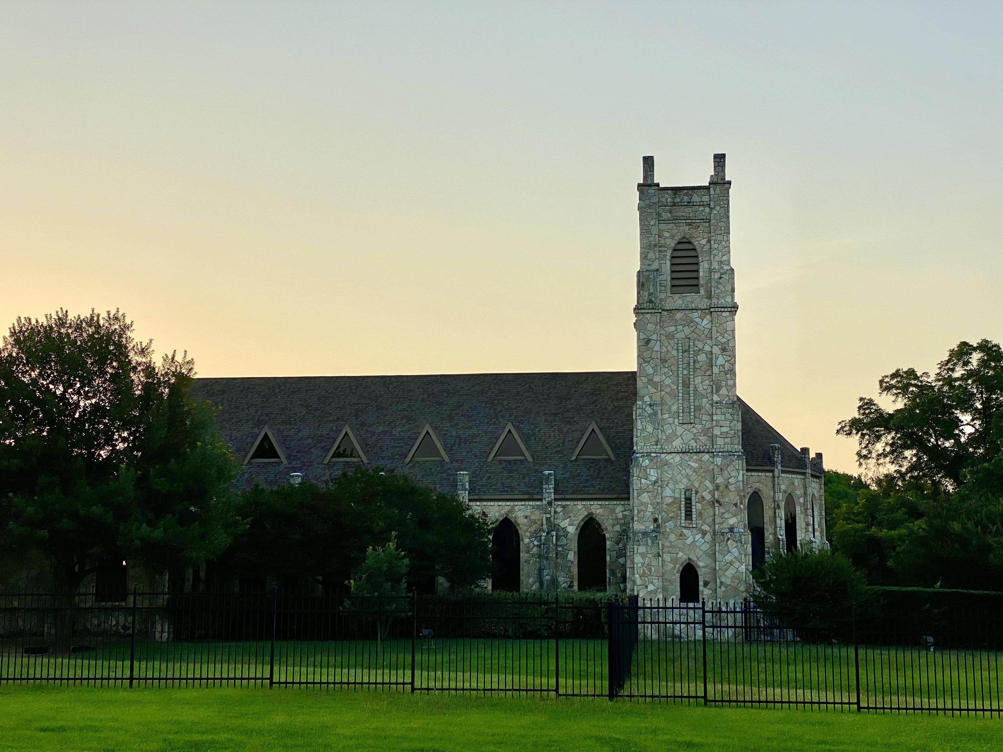 St. James Episcopal Church in Lake Highlands, TX