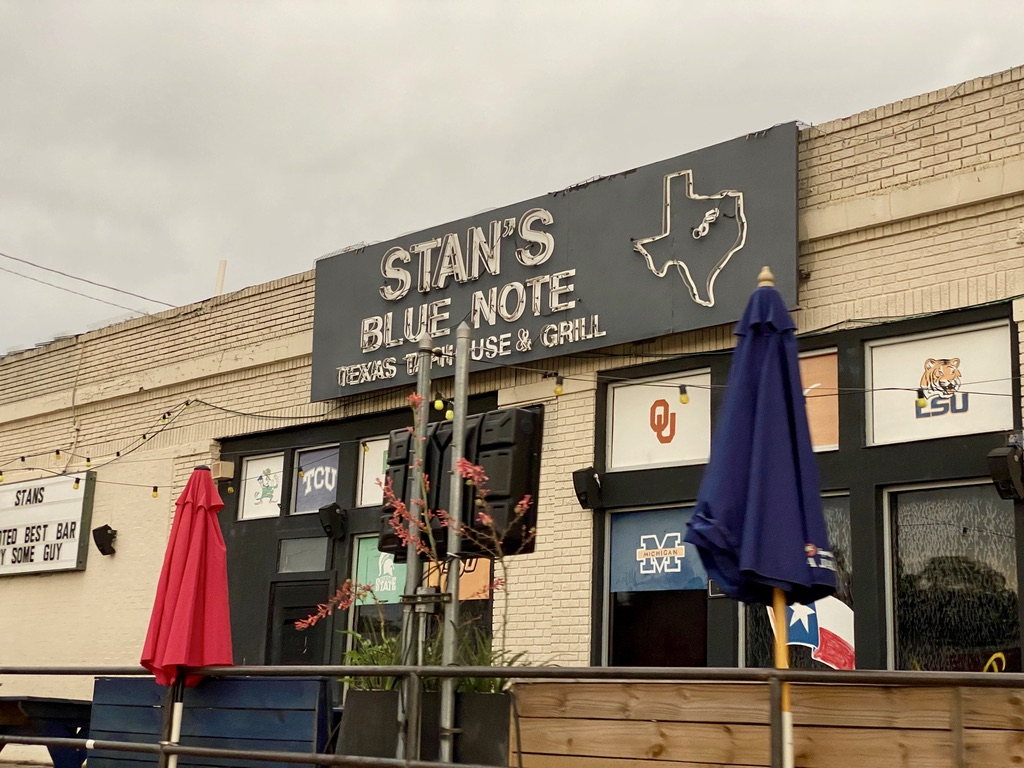 Stan's Blue Note Bar on Greenville Ave