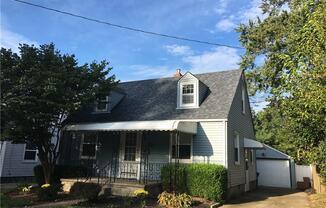 1646 Oakwood Ave
