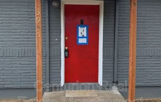 3955 Liberty Rd S