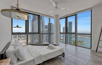 698 NE 1st Ave, Miami