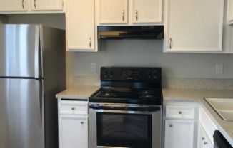 Chateau Spring Hill Apartments