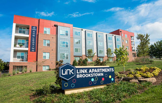 Link Apartments® Brookstown