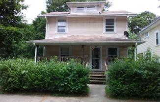 736 Carpenter Street
