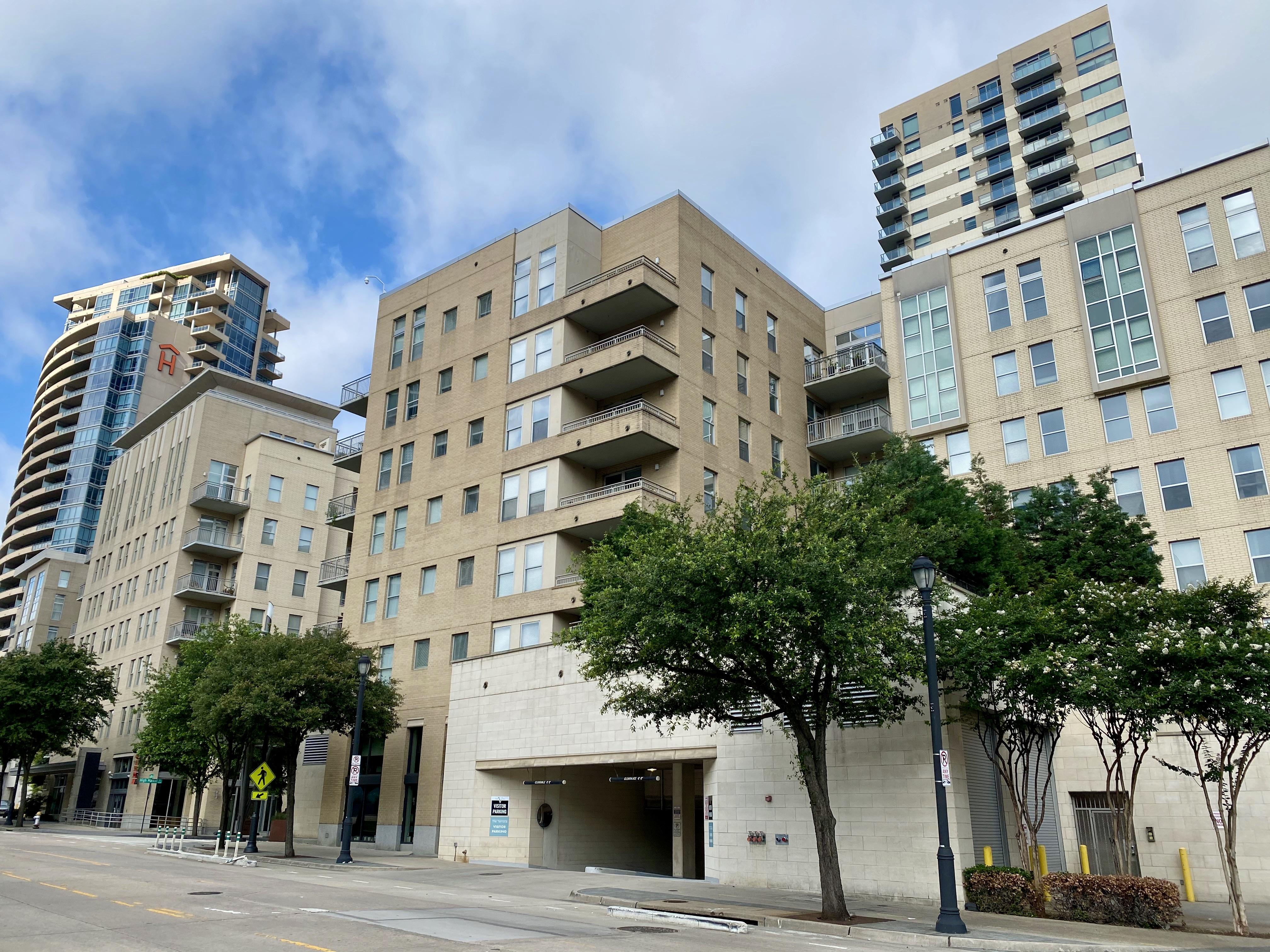 Victory Park Apartments off N Houston St, Dallas, TX