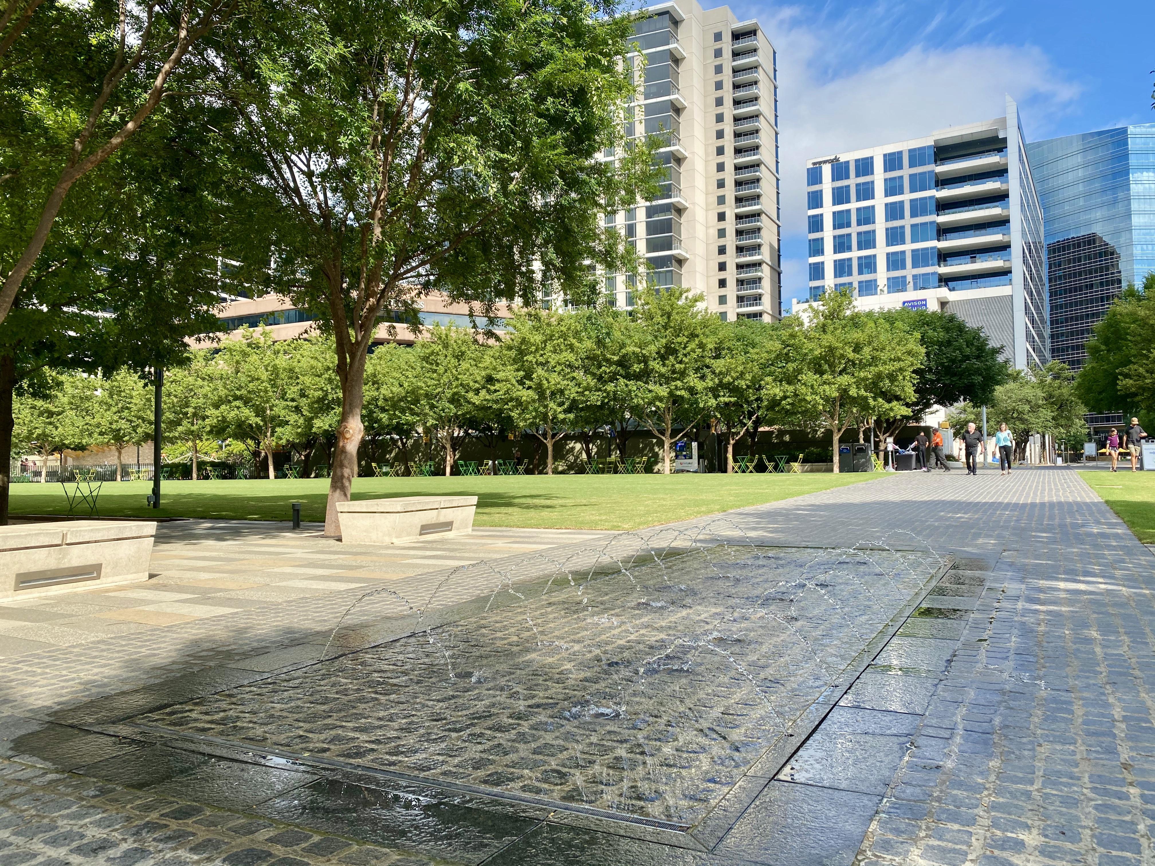 Downtown Klyde Warren Park