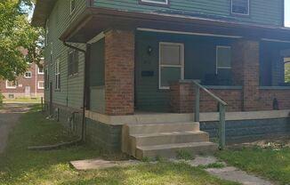 3711 N. Kenwood Ave.