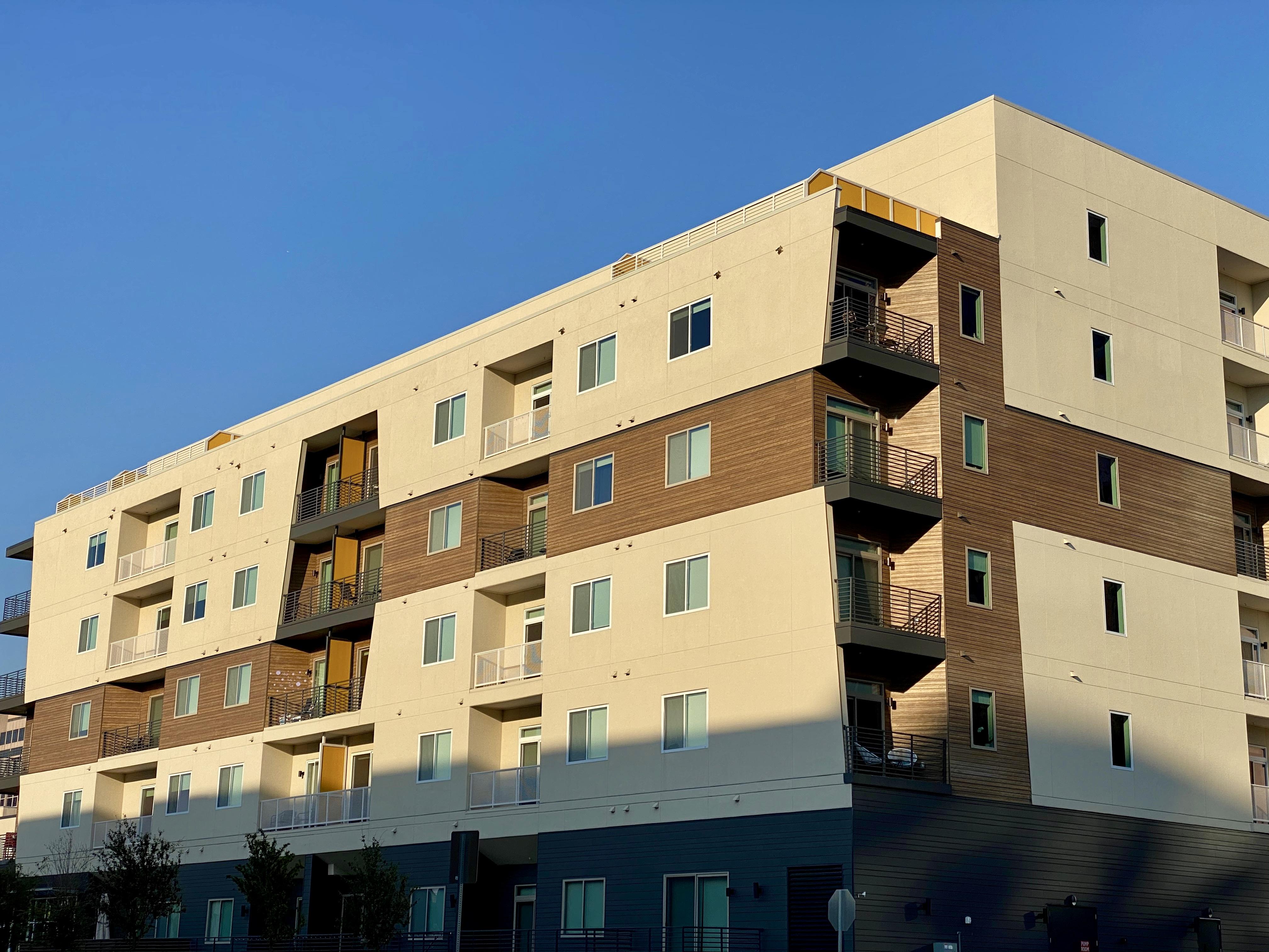 North Dallas Apartments near the Galleria Dallas