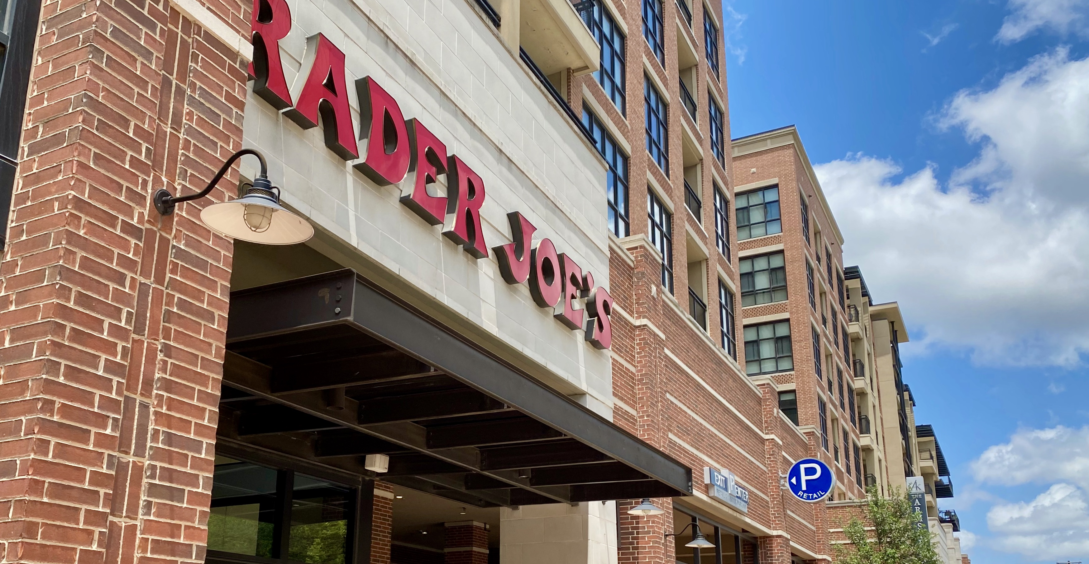Retail and Apartments in Knox/Henderson, TX