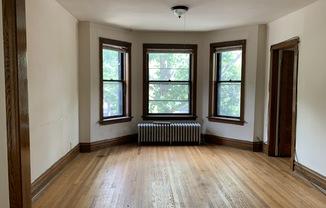 1257 W Newport Avenue